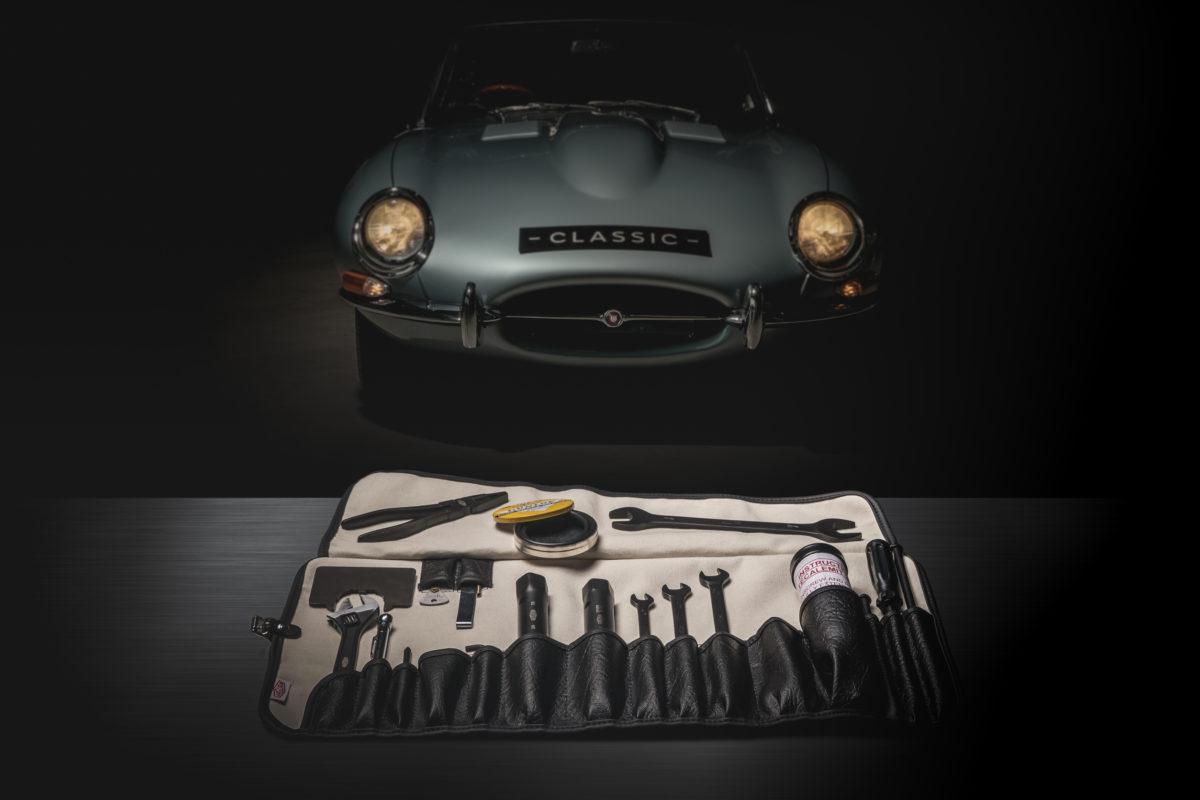 Jaguat Classic hat den originalen Werkzeugsatz des legendären E-Type neu aufgelegt.