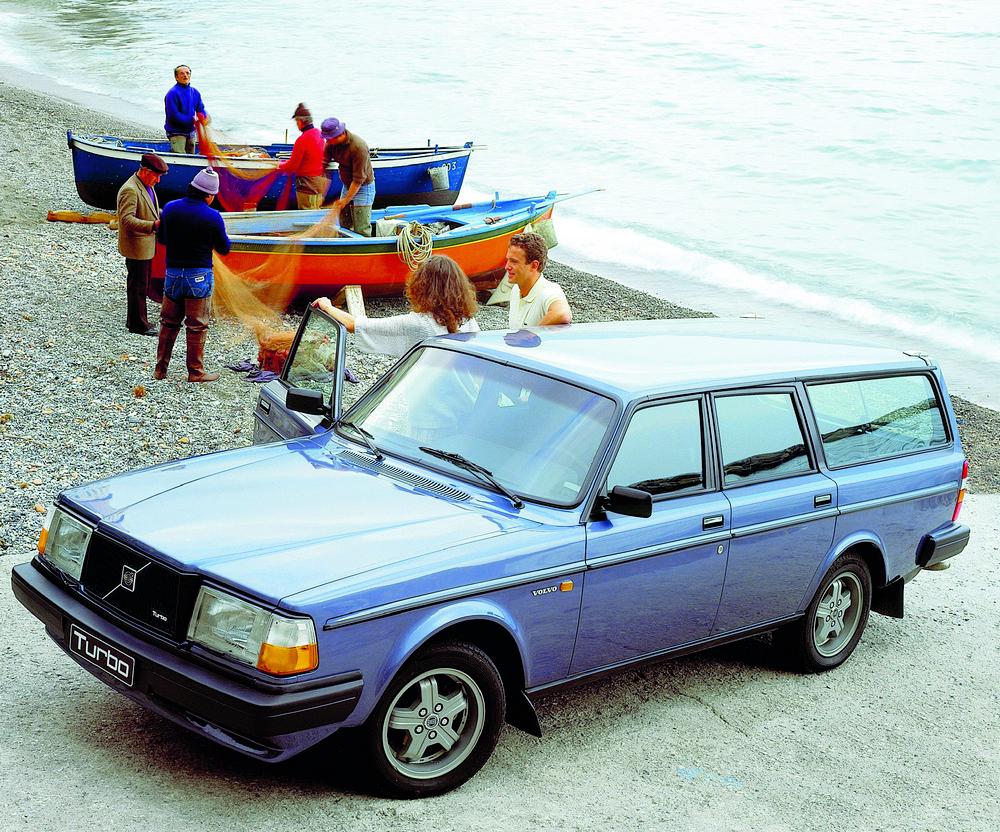 """""""Volvo 140 & 240 – Schwedens Klassiker"""" von Alessandro Rigatto."""