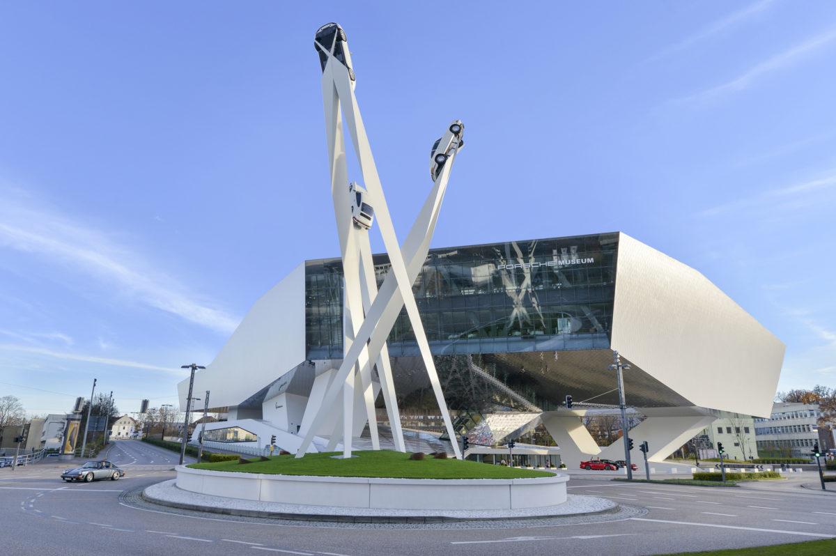Besuch des Porsche-Museums unter Corona-Auflagen.
