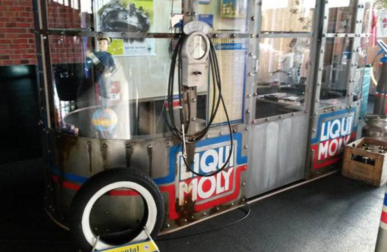 alte-tanke-oldtimer-tankstelle-besuch-beim-profi_classic-portal__0058