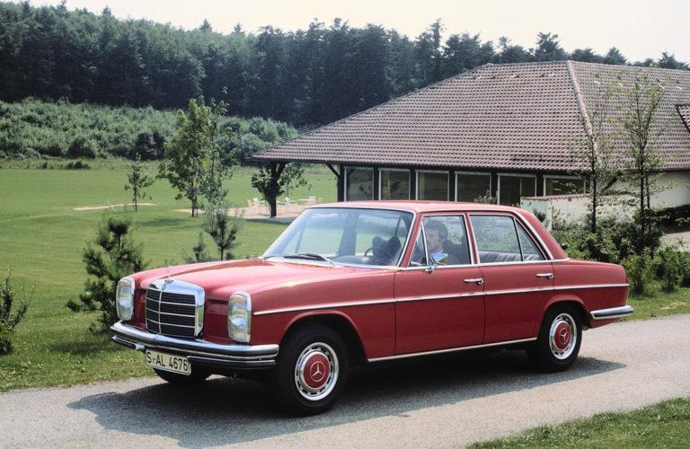 """50 Jahre Mercedes-Benz """"Strich-Acht""""-Limousinen: Die 68er-Revolution der oberen Mittelklasse"""