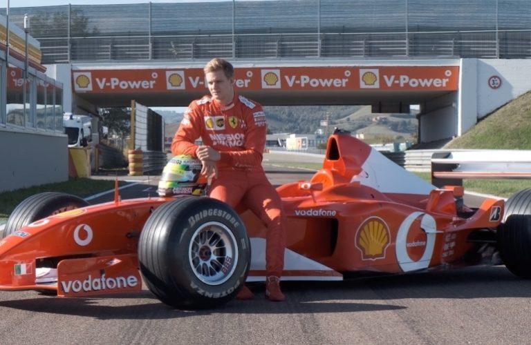 Michael Schumachers Sohn Mick mit dem Formel-1-Ferrari seines Vaters von 2002.