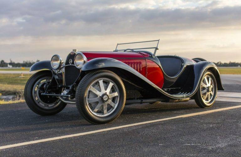 Dieser Bugatti Type 55 Super Sport Roadster von 1932 wurde 2020 für 7,1 Millionen US-Dollar versteigert.