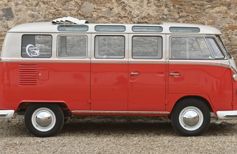 "VW Bulli ""Samba"" von 1965."