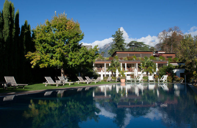 plantitscherhof-oldtimer-hotel-meran-suedtirol_classic-portal_030
