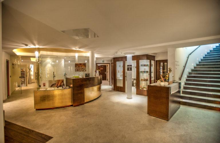 plantitscherhof-oldtimer-hotel-meran-suedtirol_classic-portal_088