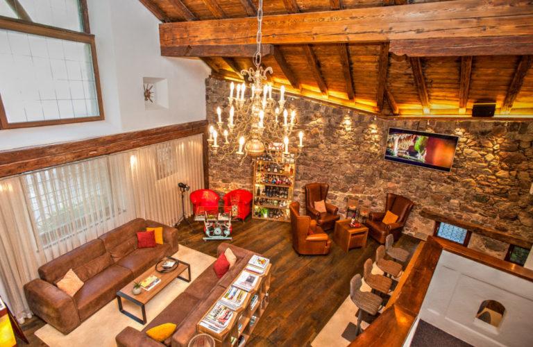 plantitscherhof-oldtimer-hotel-meran-suedtirol_classic-portal_124-1